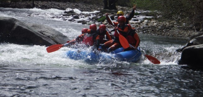 cropped-rafting-alto-tormes-con-www-turismoactiva-782.jpg